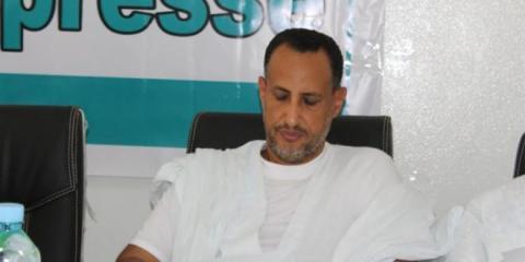 السناتور محمد ولد غده ألقت قوة من الشرطة  القبض ععليه بعد عودته من روصو