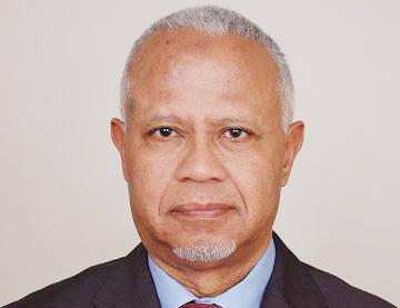 الدكتور عبد السلام ولد حرمه أثناء مداخلته في ندوة مؤسسة المعارضة الديموقراطية