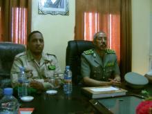 قائد الأركان العامة للجيوش المساعد خلال اجتماعه مع طاقم الثانوية العسكرية